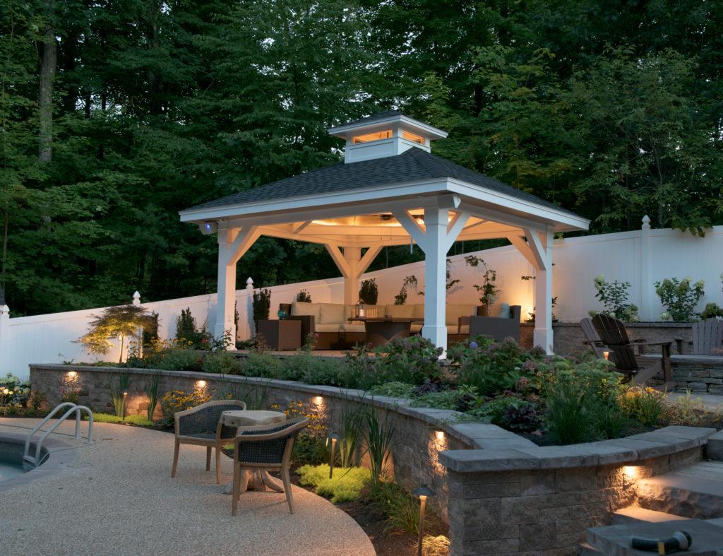 Kleer Lumber, outdoor living, retaining wall, pergola